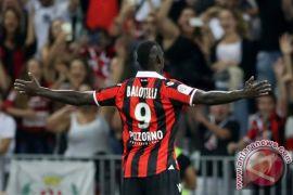 Balotelli cetak gol dan dikartu merah saat Nice kalahkan Dijon