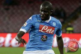 Napoli angkat koper dari Liga Champions