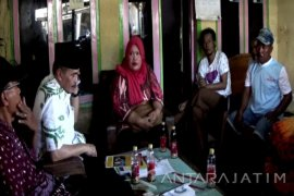 Disnakertrans Situbondo kunjungi Keluarga TKI ditangkap Polisi Malaysia