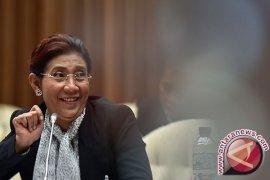 Heli Menteri Susi Mendarat Darurat di Temanggung