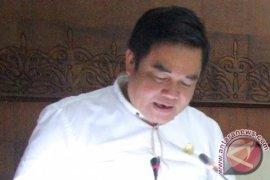 Tanggapan Fraksi Demokrat terhadap LKPj Gubernur Kaltim 2018