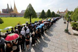 Abu jenazah raja Thailand dikumpulkan setelah upacara pemakaman