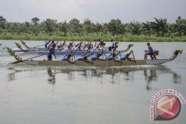 Lomba Perahu Naga Jadi Ikon Pariwisata Tanjungpinang