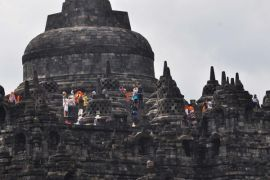 64 pelukis pameran The Balance di candi Borobudur