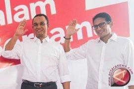 PKS Nyatakan Anies-Sandi Unggul Sementara