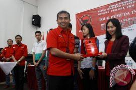 PDI-P peringati Sumpah Pemuda bersama pemuda berprestasi