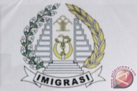 10 warga China ditahan di Banjarmasin, dokumen imigrasinya di Jakarta