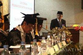 Universitas Katolik WM Surabaya Lahirkan Doktor Jihad