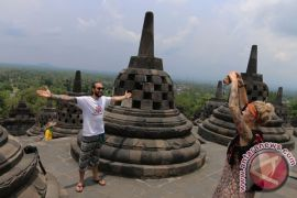 Pengelola candi Borobudur targetkan 316.792 pengunjung selama Lebaran