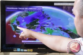 Waspadai gelombang tinggi akibat topan Wutif di Samudra Pasifik