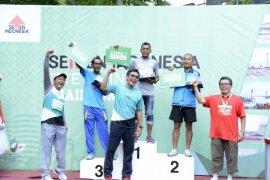 Kejuaraan Lari 10 KM Putra Semen Indonesia Green Industry Trail Run 2016.