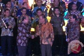 Pupuk Kaltim Raih Penghargaan Tertinggi Platinum SNI Award 2016