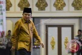 JK Resmikan Rawat Inap VIP RS PMI