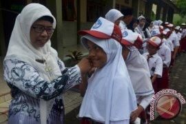 Joko Widodo Tegaskan profesi guru tetaplah profesi yang mulia