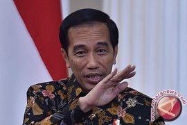 Presiden Jokowi: Pembangunan kilang minyak tetap di Bontang