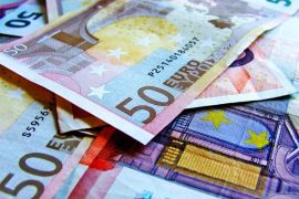 Dolar AS menguat di tengah pelemahan Euro dan risalah Fed