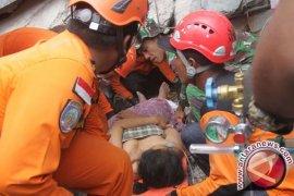 42 ibu rumah tangga jadi korban gempa