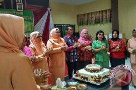 Tala Peringati HUT ke-17 Dharma Wanita Persatuan