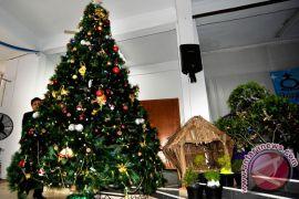 "Pohon Natal bambu tertinggi ramaikan ""Lovely"" Desember"