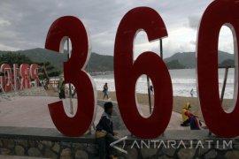Wisatawan Keluhkan Kondisi Pantai Prigi yang Berantakan