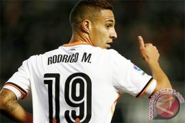 Valencia tahan imbang Atletico 1-1