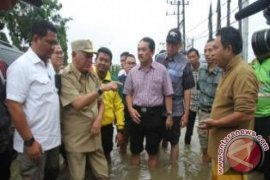 Gubernur Tinjau Titik Rawan Banjir, Longsor dan Kebakaran