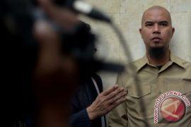 Ahmad Dhani penuhi panggilan Polres Metro Jakarta Selatan