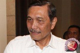Presiden Jokowi minta Indonesia swasembada garam 2020