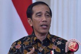 Pidato Menteri di Hadapan Presiden 7 Menit