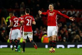 Ibrahimovic Segera Teken Kontrak Baru di Manchester United