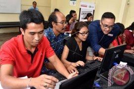 "Gubernur Pastika siap laksanakan ""e-learning"""