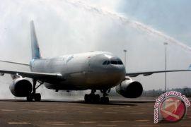 Gara-gara selimut, penerbangan tujuan Hawaii dialihkan