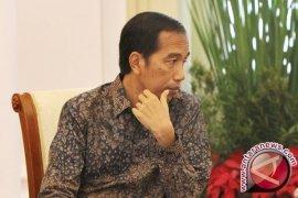 Potongan Rambut Klasik Ala Jokowi Diminati