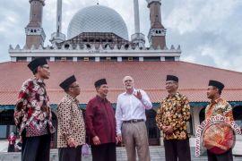 Kopi dan kota favorit Dubes Australia di Indonesia