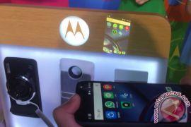 Moto Z2 Play berbaterai 3.000mAh