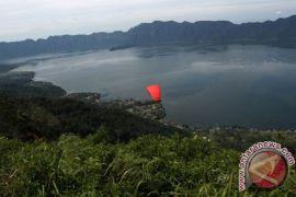 Kondisi Danau Maninjau alami eutrofik berat