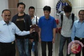 Imigrasi Bengkulu Cekal Tiga WNA Tiongkok