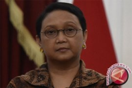 Menlu: sebagian kerja sama militer Indonesia-Australia ditangguhkan