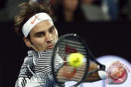 Federer tampil gemilang bantu Swiss kalahkan Rusia