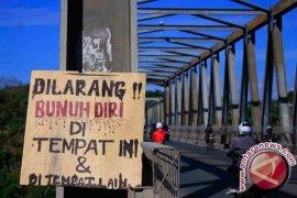 Depresi Masalah Rumah Tangga, Wanita Muda Terjun dari Jembatan