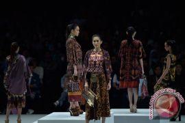 Agenda hari ini, Indonesia Fashion Week hingga pameran pernikahan