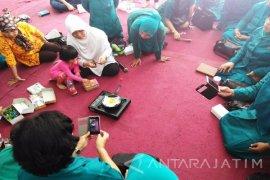 Warga Sawotratap Ikuti Pelatihan Daur Ulang Plastik (Video)
