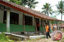 bencana pergeseran tanah landa pajampangan sukabumi