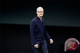 Tim Cook akui kebanyakan main iPhone