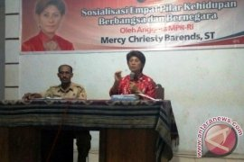 Mercy Barens Sosialisasi Empat Pilar di Pulau Sera