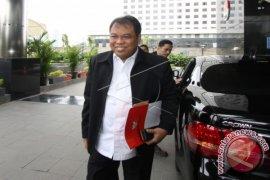 KPK Periksa Ketua Mahkamah Konstitusi