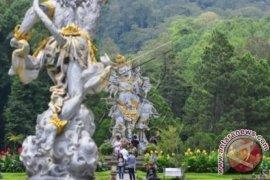 26 Spesimen Anggrek di Kebun Raya Bali Hanyut Terbawa Banjir