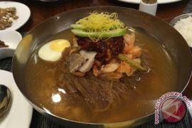 Makanan Korea Utara laku keras di Seoul
