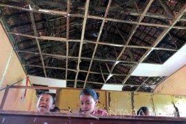 Ribuan Ruang Kelas SD-SMP di Jember Rusak