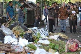 Kemenko Maritim Cetuskan Kerja Sama Internasional Tangani Sampah Laut
